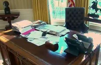 trump desk hannity